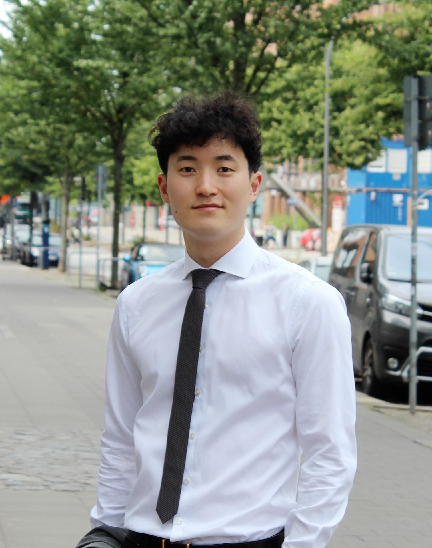 Te-Sung Bak